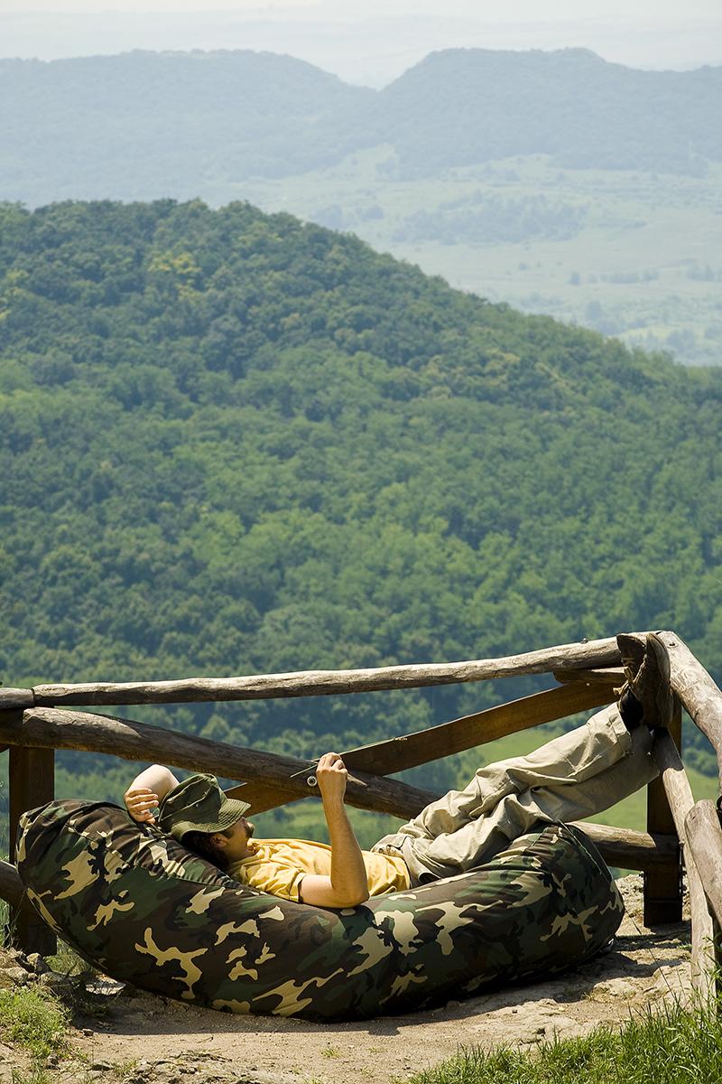 Sofa babzsák ágy a hegyen