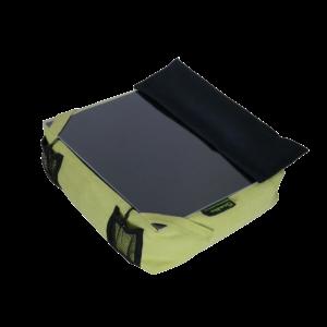 Amőba laptoptartó kézpárnával (fekete-kivi zöld gombos)